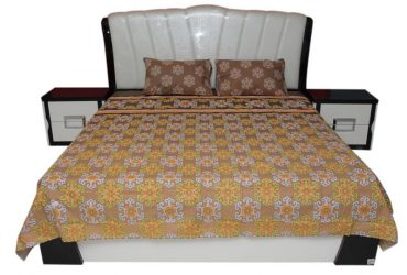 Floral Printed King Size Bed Sheet With Pillow Cases