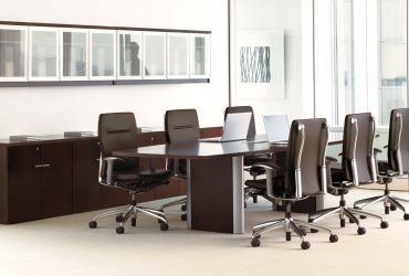 Exclusive Conference Table (M-31)