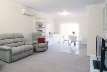 3Beds Very nice Furnished Flat Rent