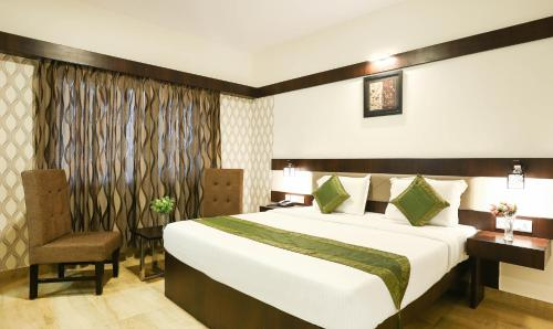 Become a 3 star hotel owner in Cox's Bazar and earn monthly money.